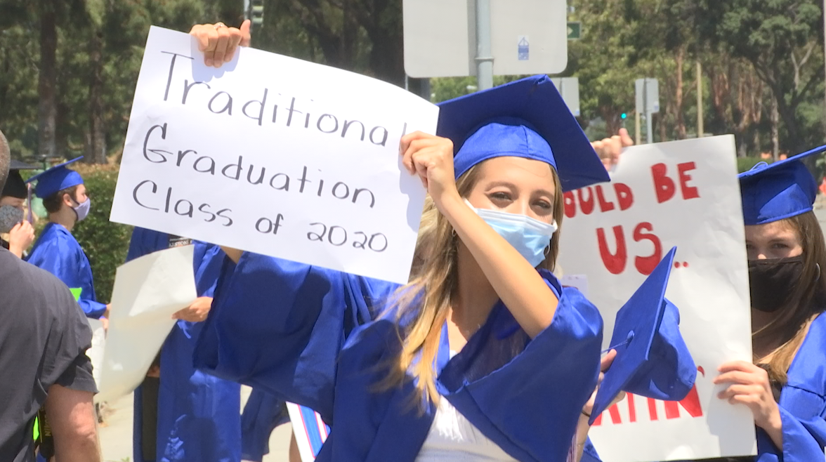Ventura County seniors protest for a graduation