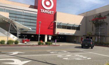 Teen stab inside Target parking structure in Oxnard
